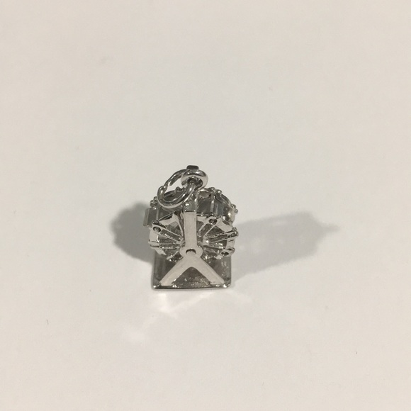 Jewelry - 14k White Gold Ferris Wheel 🎡 Spinning Charm
